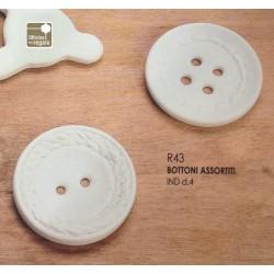 Conf. 24 Bottoni in Gesso bianco assortiti