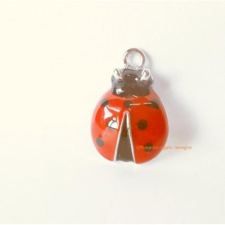 Ciondolo Coccinella in metallo smaltato