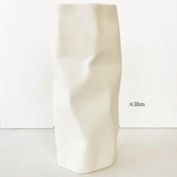 Vaso in porcellana bianca lavorazione opaca Modello Manhattan